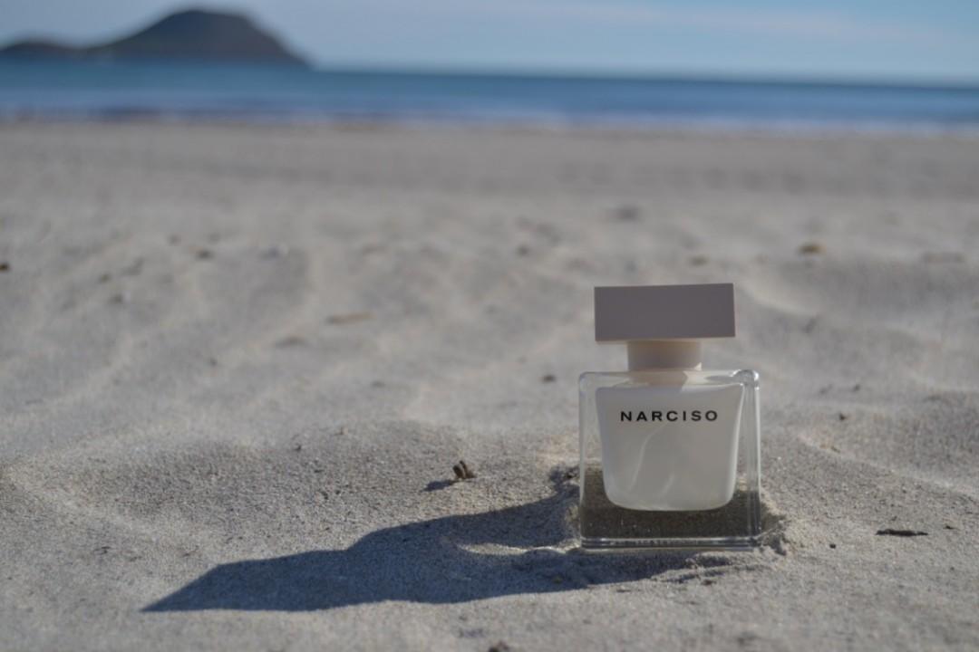 Narciso Rodriguez Eau de Parfums in a minimal style